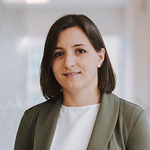 Irene Abaña: Departamento fiscal y contable