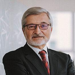 José Luis Lorenzo: Socio