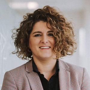 Mónica Martínez: Asociada - Departamento fiscal y económico