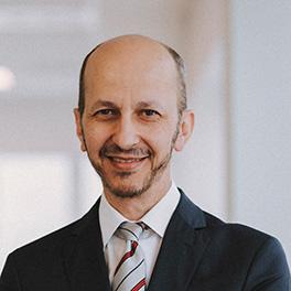Ramón Quiroga: Responsable Departamento Legal <br/>Derecho de empresa, privado y público
